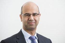 Dr Shabbir Moochhalla picture